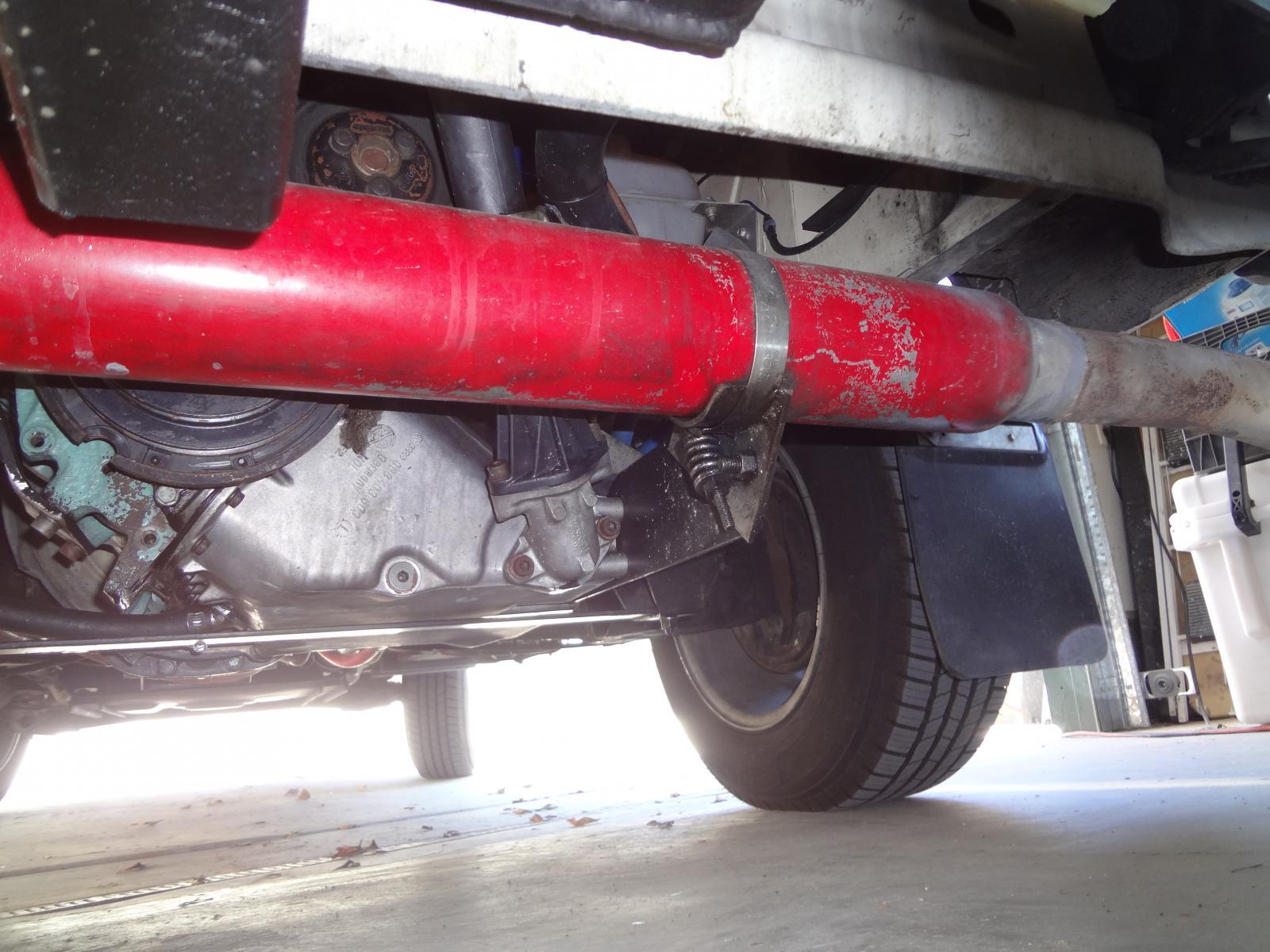 Diesel exhaust mounting