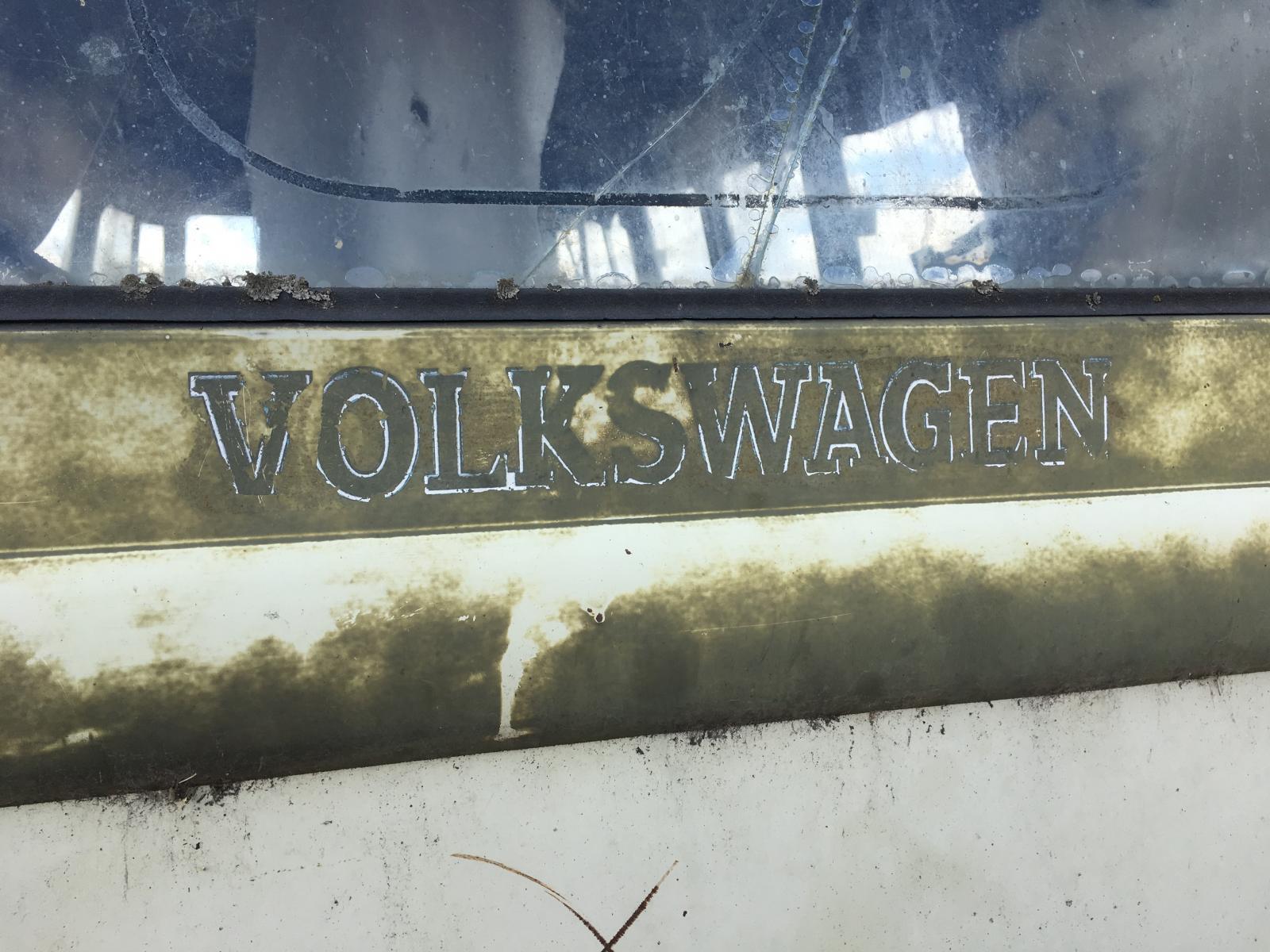 Canadian VW badging