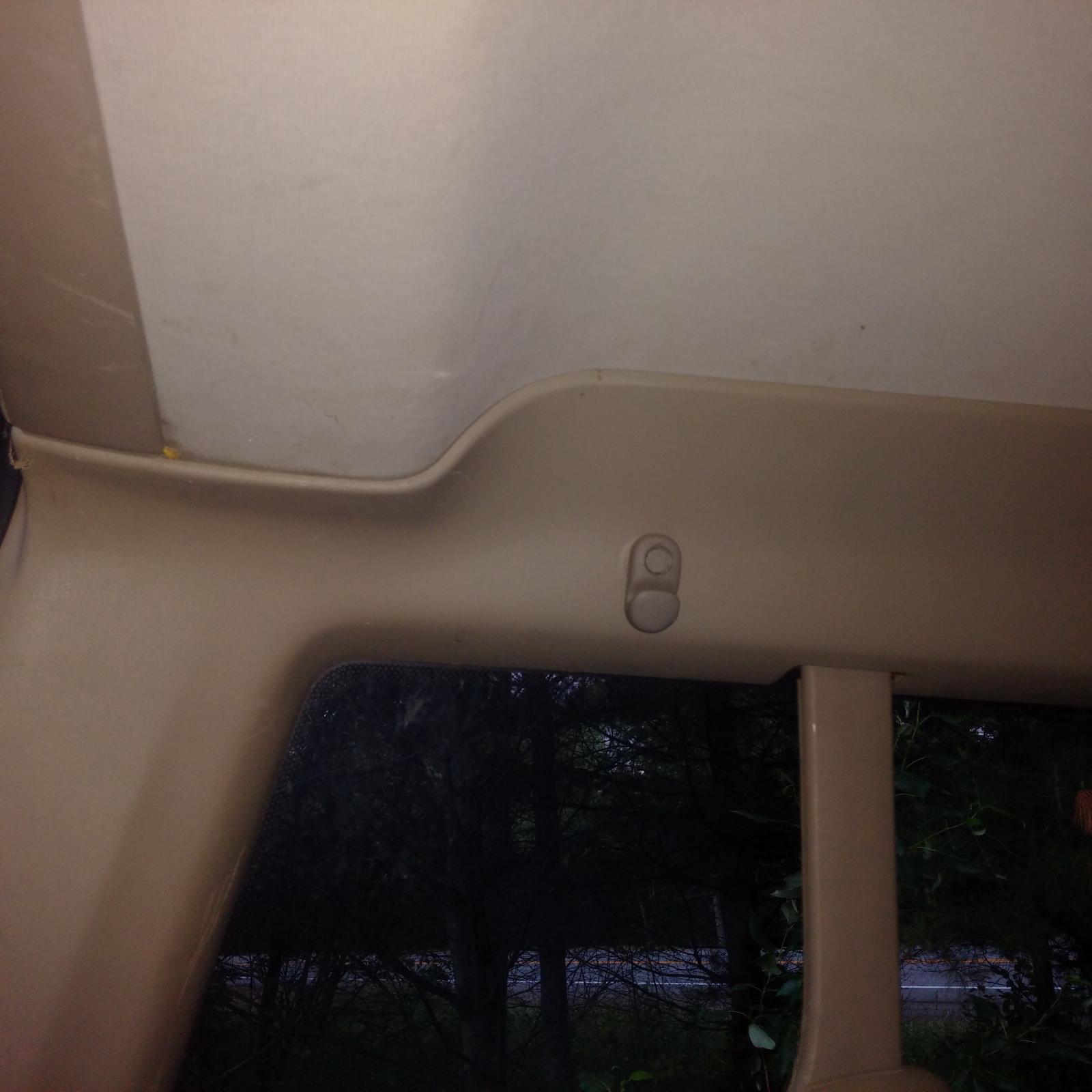 1992 Eurovan GL rear interior roofline