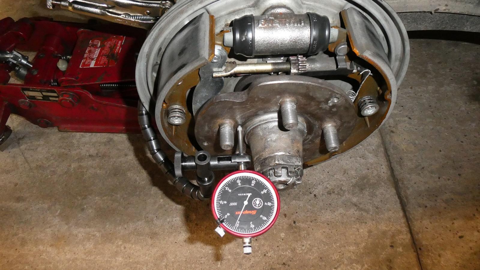 Bent stub axle?