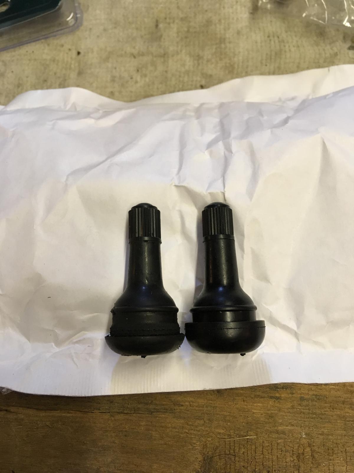 "4.5"" x 15 Fuch modified TR415 valve stems"
