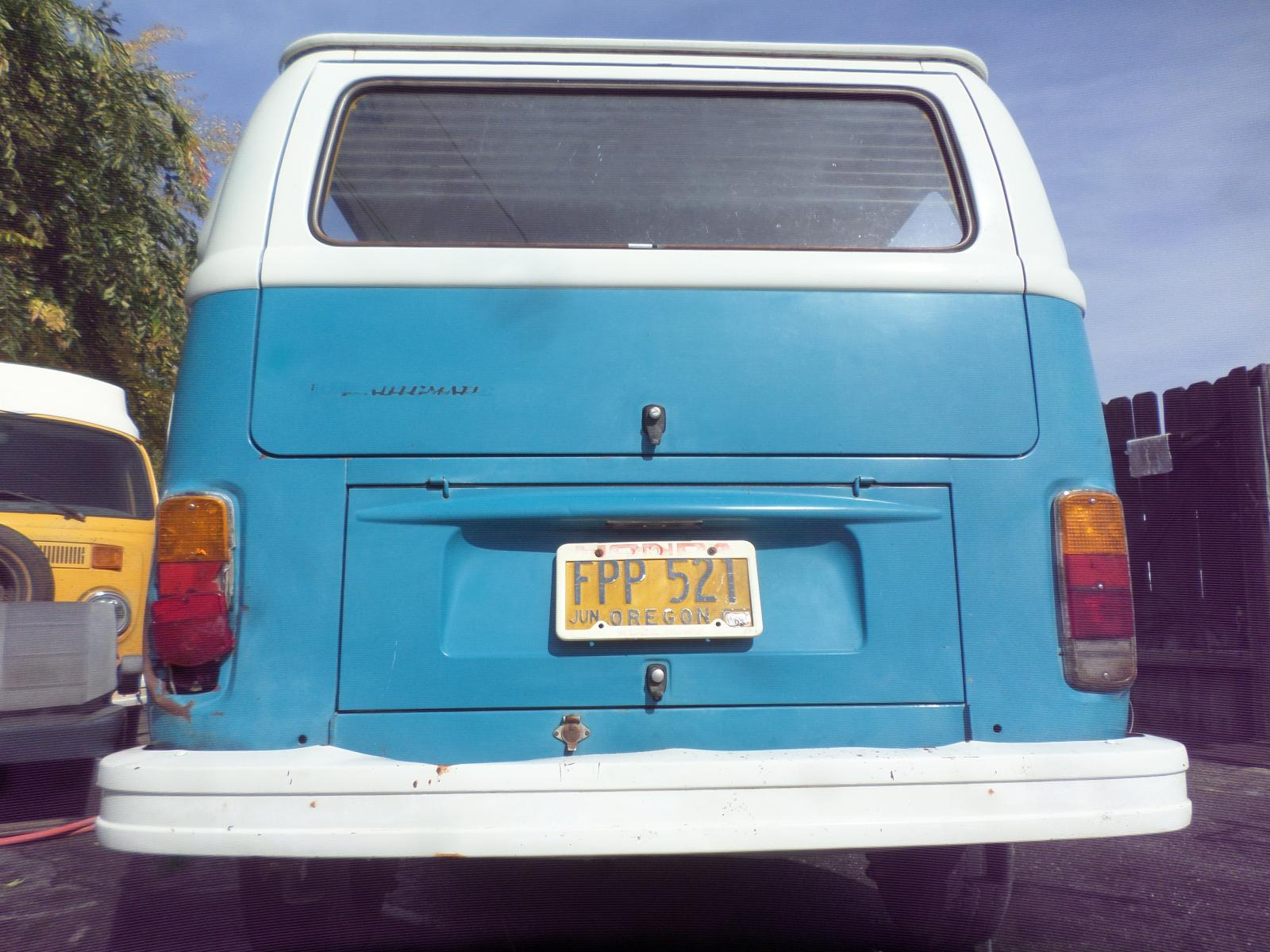 1978 blue/white sunroof automatic