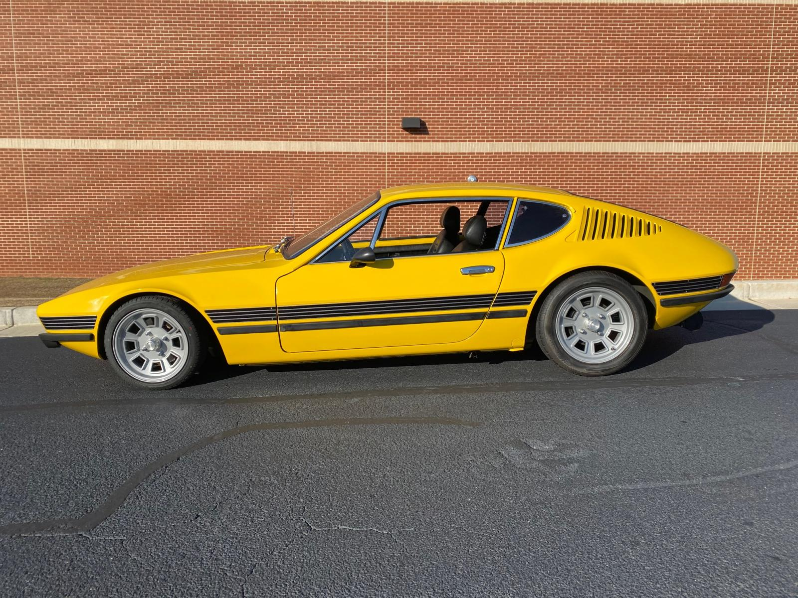 1974 Yellow VW SP2
