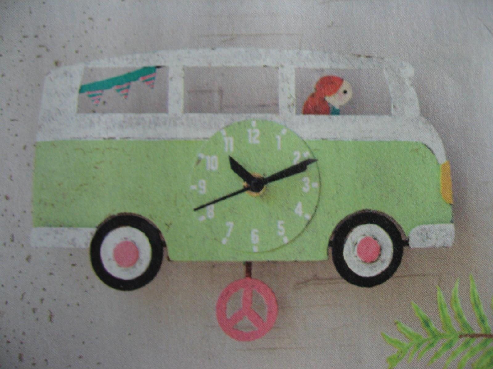 VW Bus pendulum clock