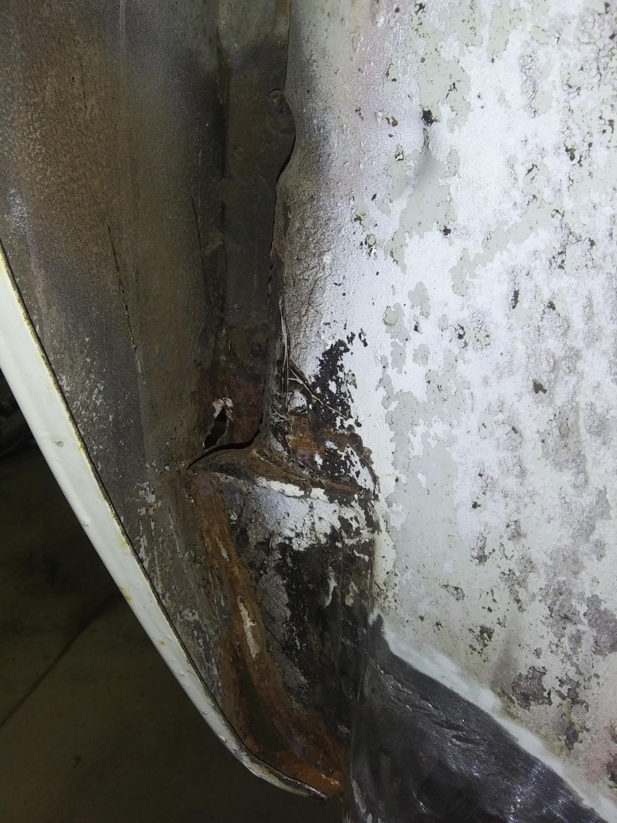 T34 inner front fender