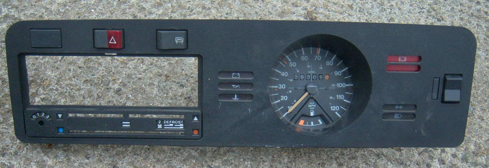 Mk1, Series 1, 1977, Right Hand Drive, Complete Dashboard