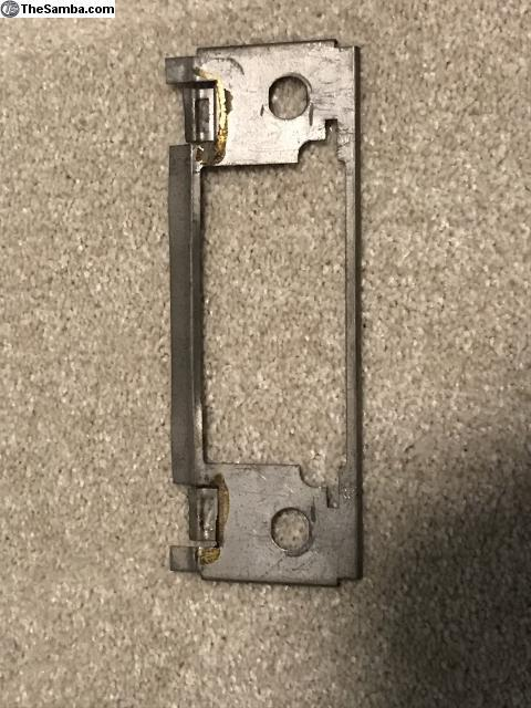Mounting plate for Sapphire VIII 8-track/AM radio