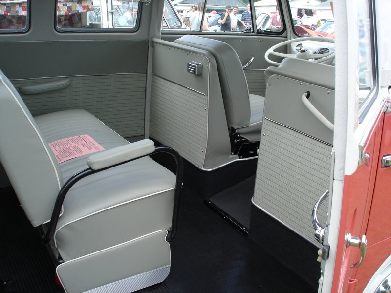 Restored '62 walk-thru 23-Window Deluxe Bus