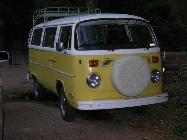 TheSamba.com :: Bay Window Bus - View topic - Removing front spare tire  mount?