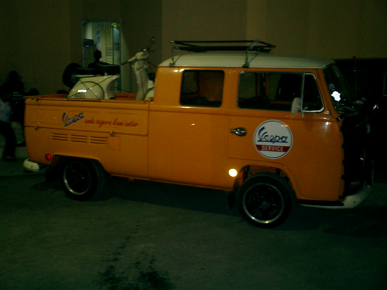 1968 double cab vespa service car