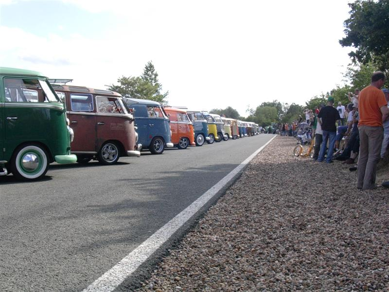 French Split Bus line-up