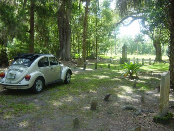 Lauren's Mexi-beetle in Micanopy graveyard.