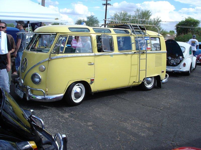 Yellow '64 21-Window