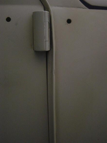 Passenger door front gap