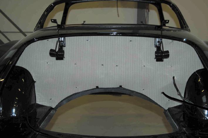 Revêtement d'nsonorisation compartiment moteur 333138