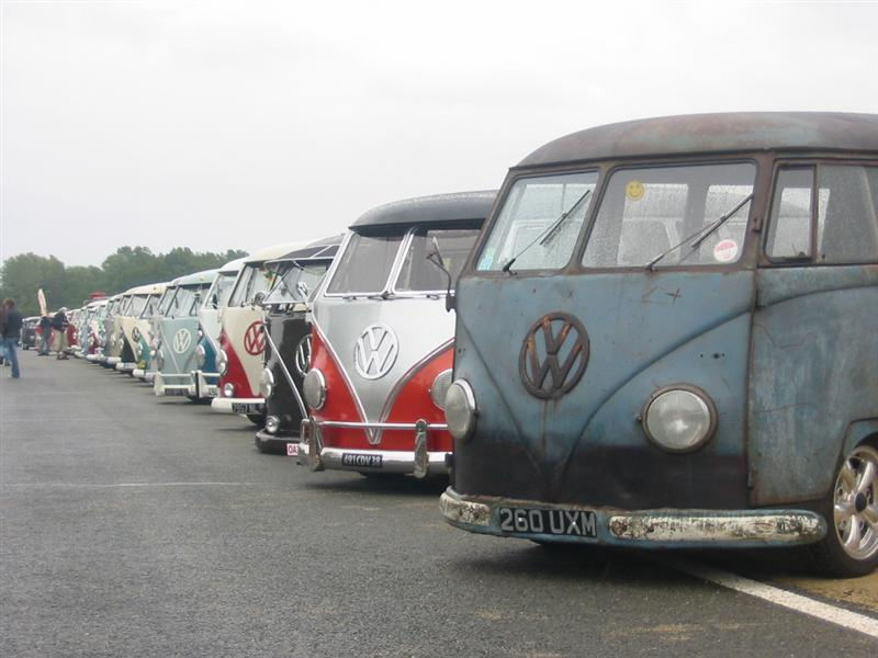 Split Bus Line-up