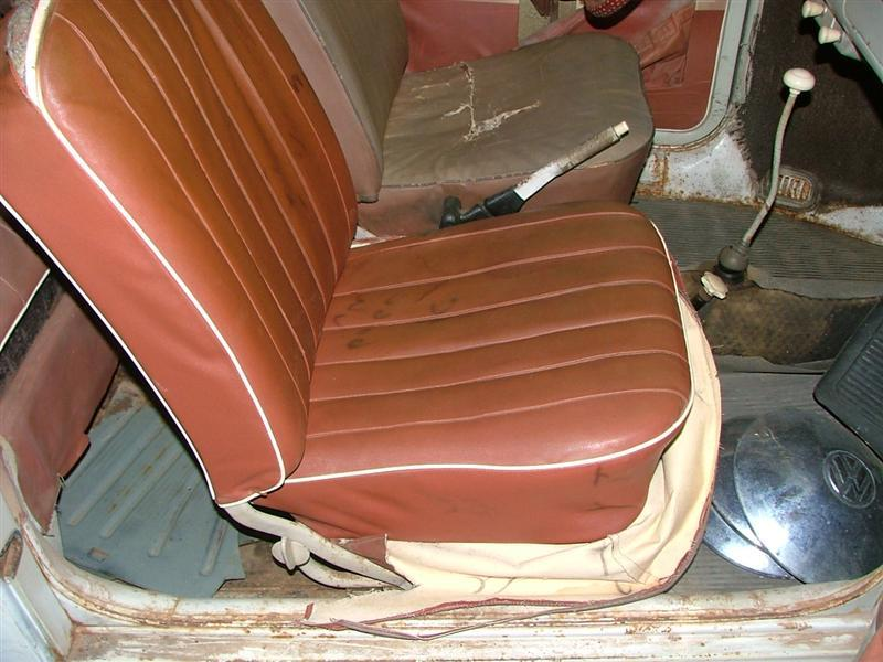 L 473 alabaster with original 78 true red interior