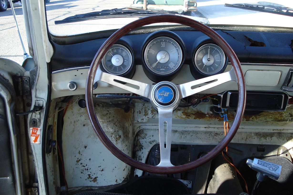 1967 Squareback project- steering wheel