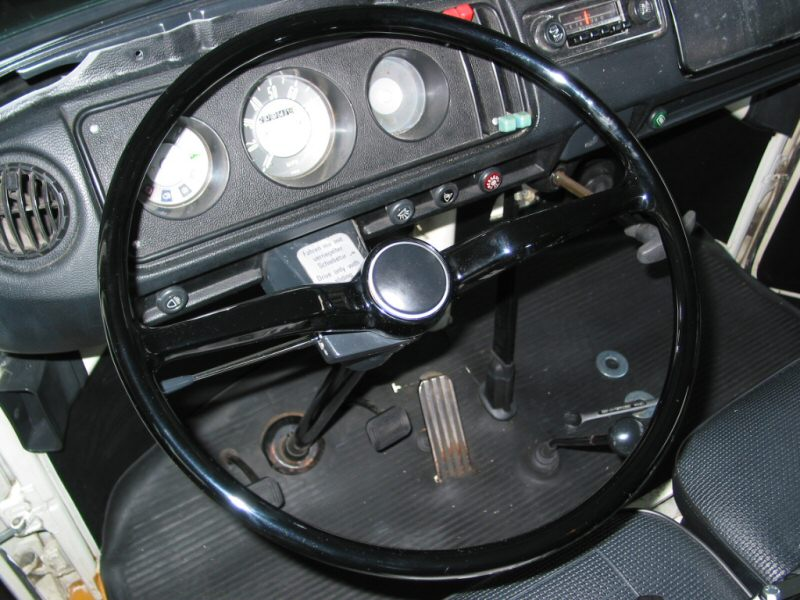 TheSamba com :: Bay Window Bus - View topic - Steering wheel removal