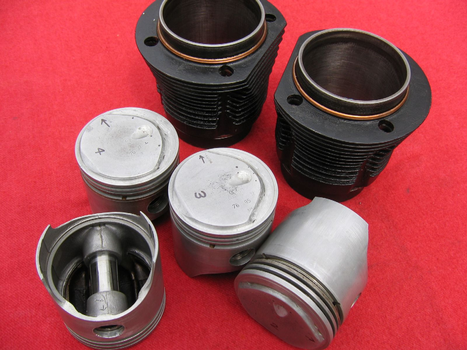 High compression 36hp popup pistons.