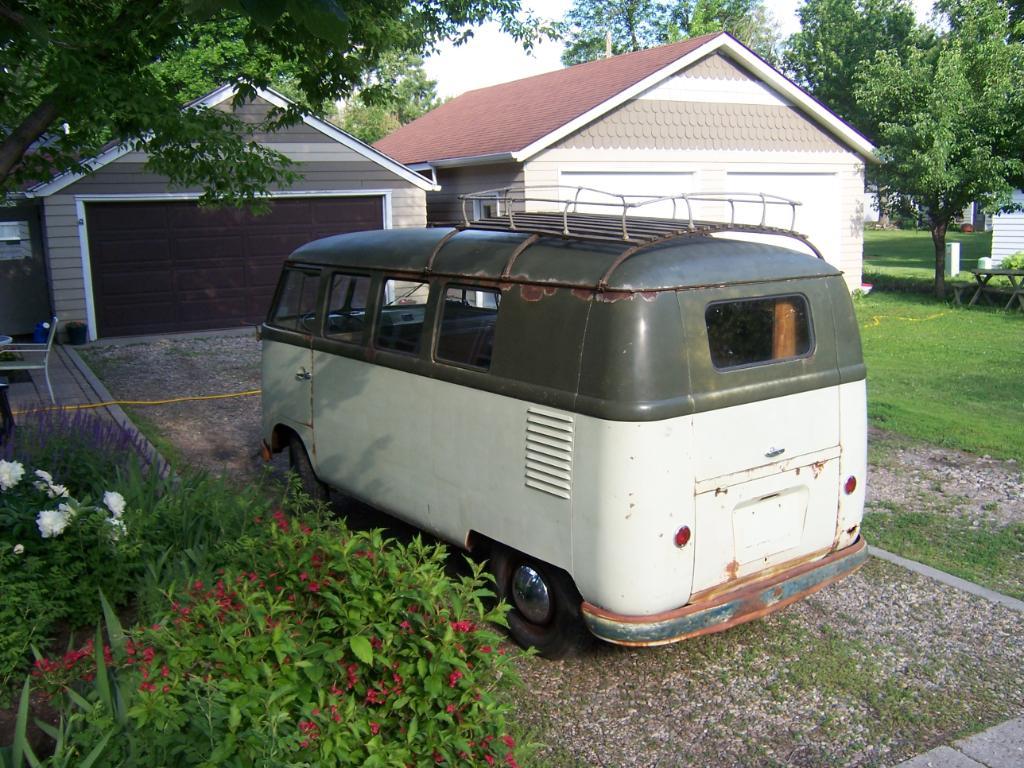 Uncle John's Bus