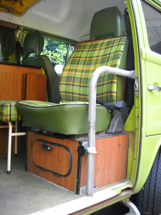 2019 Vehicles With Front Bench Seat