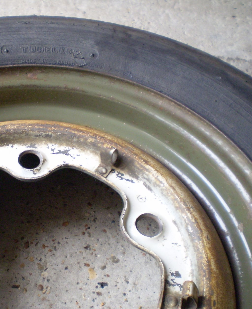 Diamond Green Beetle - original spare wheel