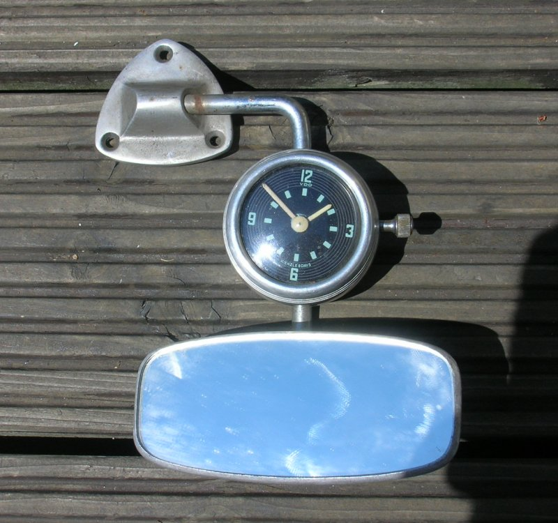 2 VW Mirror Clocks - Isgus and Kienzle