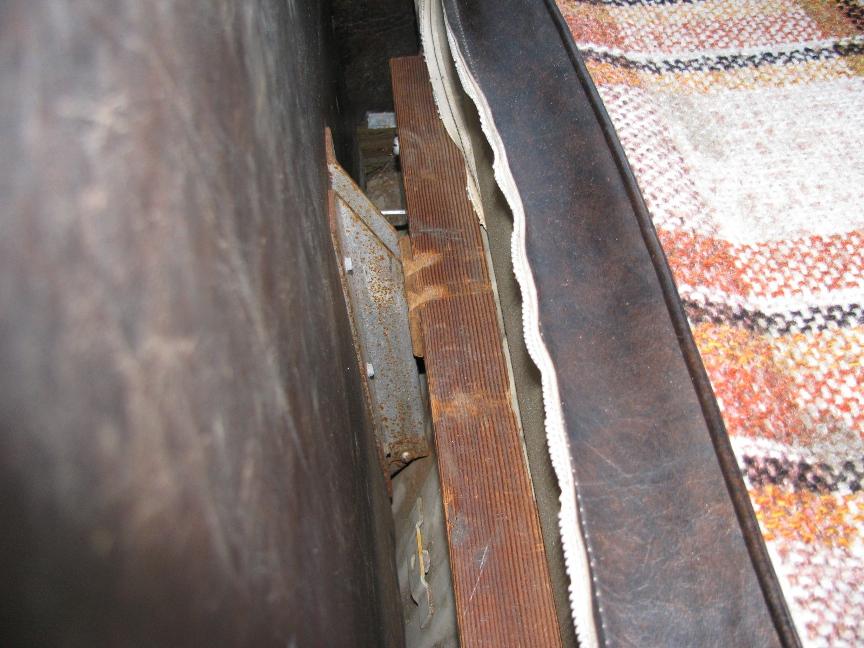 Rear seat wood rest.