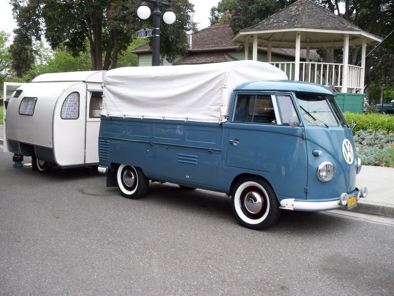 1956 SC with rare 1960 Austermann Knospe caravan