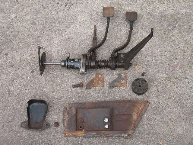 rhd oval pedal assembly