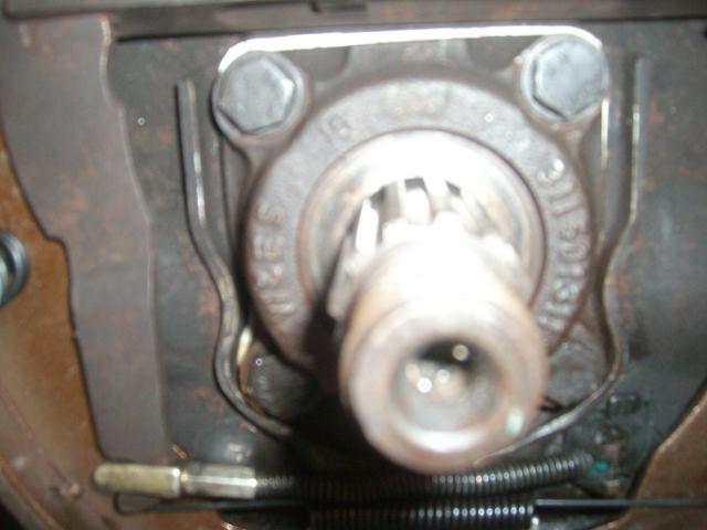 Rear axle bearing housings