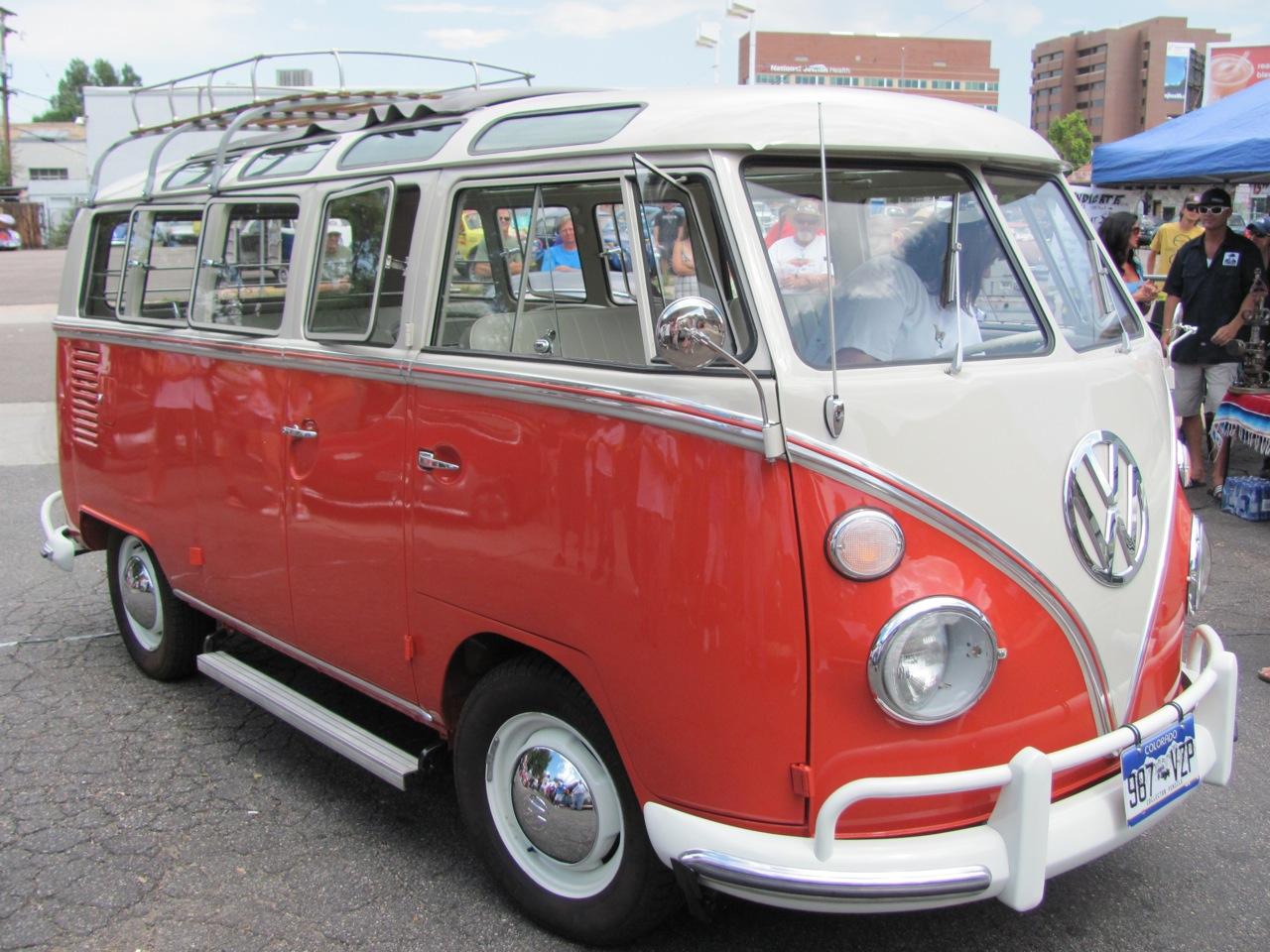 1964  21 window bus-Show winner