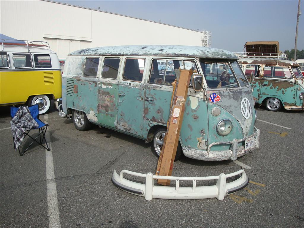 Turquoise Standard Microbus