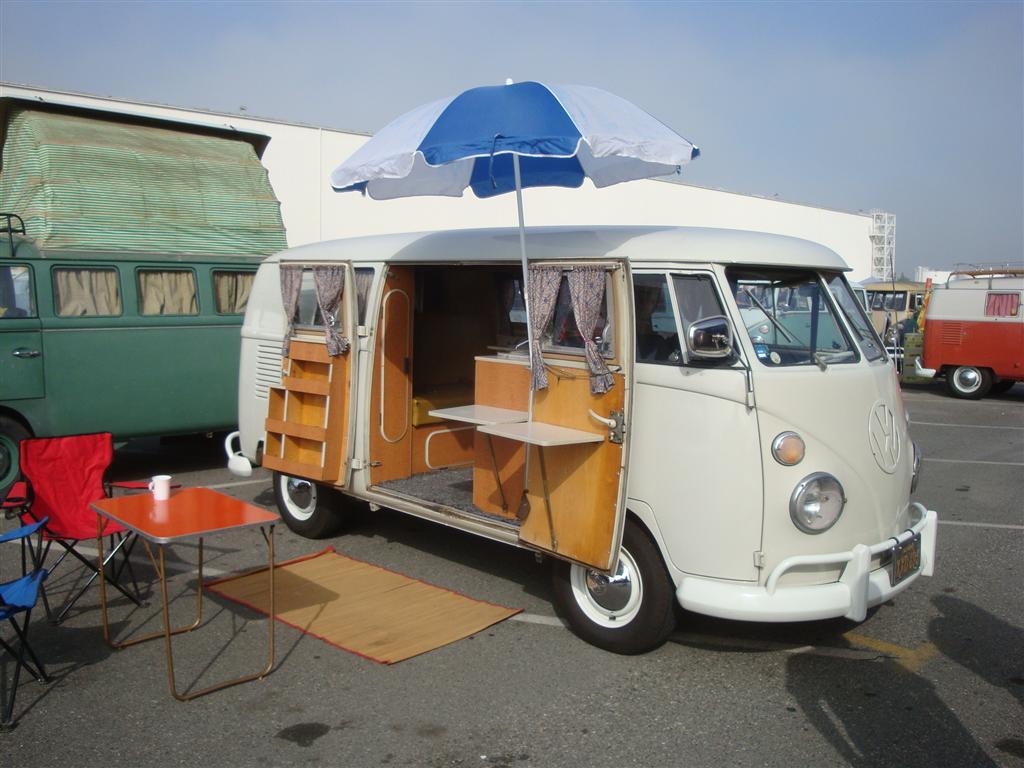 White Camper