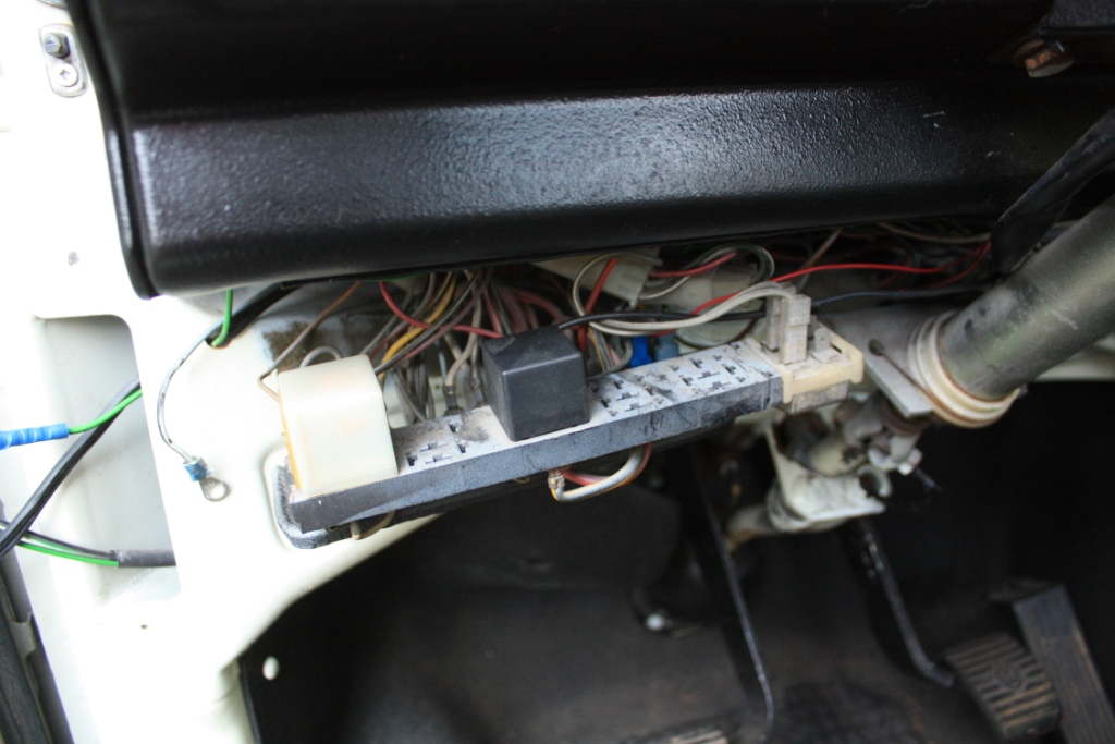 901559 thesamba com vanagon view topic no windshield wipers!!! vw t3 fuse box diagram at crackthecode.co