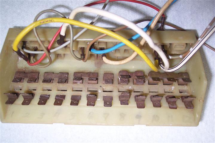 Old Vw Fuse Box Spade on kawasaki fuse box, car fuse box, citroen fuse box, pontiac fuse box, beetle fuse box, sterling fuse box, maserati fuse box, porsche fuse box, mustang 5.0 fuse box, isuzu fuse box, infiniti fuse box, touareg fuse box, oldsmobile fuse box, karmann ghia fuse box, mitsubishi fuse box, alfa romeo fuse box, saturn fuse box, geo fuse box, 98 jetta fuse box, bentley fuse box,