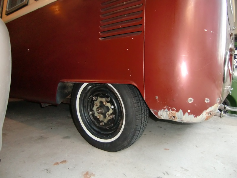 straight axle conversion - tire rubbing on torsion housing