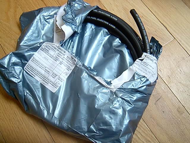 30r9 fuel hose