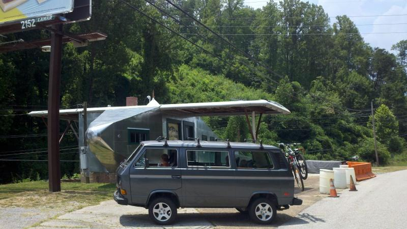 Syncro at Airplane Filling Station.
