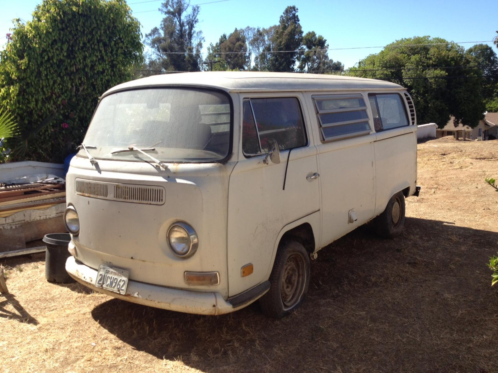 Thesamba Com Bay Window Bus View Topic Need Help On 1971 Vw Bus Front Bucket Seats