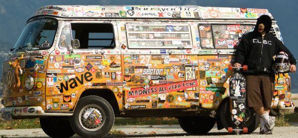 Sticker bus