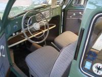 MY VW OVAL 1953 - DASHBOARD ACCESSORIES !