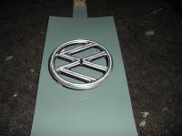(4) four tab emblem detail