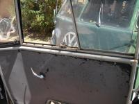 62 kombi door window seals