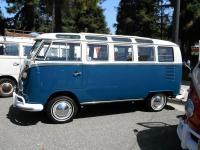 Blue 21-Window Deluxe Bus
