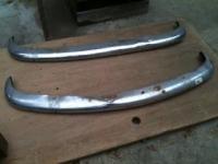 Ghia one piece blades or ?