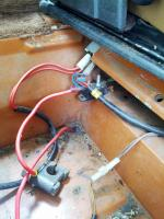 Aux Battery Madness in 84 Westy