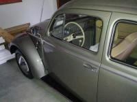1957 L324 Polar Silver & Light Beige Leathertte Interior