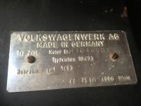 Fan shroud number plate